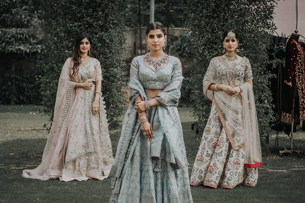 Indian People (Culture, Weddings & Clothing)